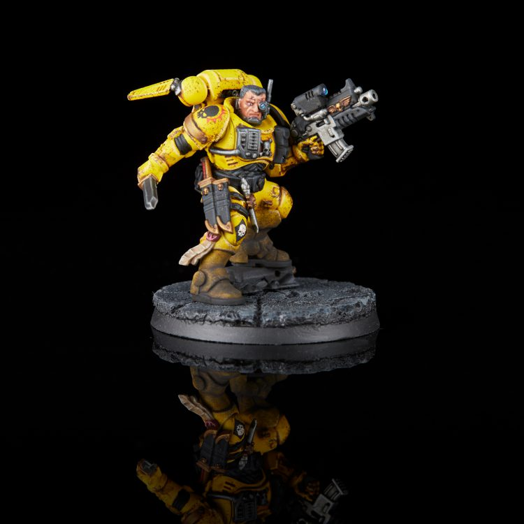 Imperial Fists Phobos Lieutenant