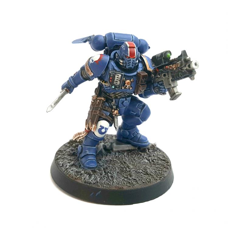 Ultramarines Primaris Lieutenant