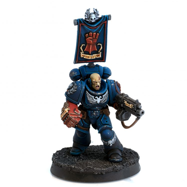 Crimson Fists Primaris Lieutenant with Power Fist
