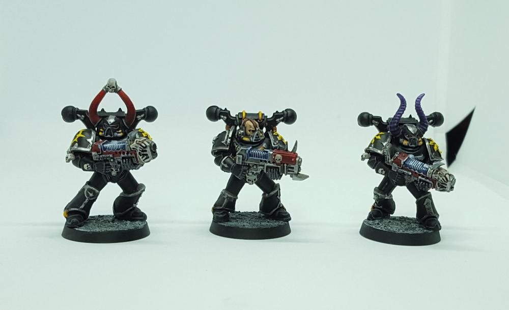 B Warhammer 40k-Kill Team CHAOS SPACE MARINE TERMINATOR Power fist
