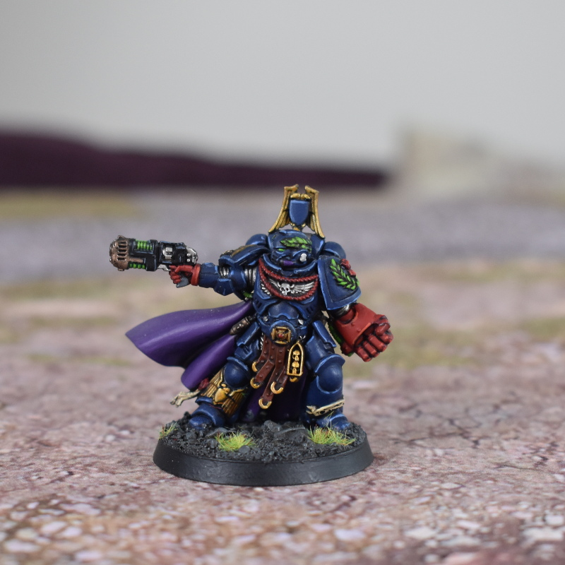 Primaris Captain with power fist