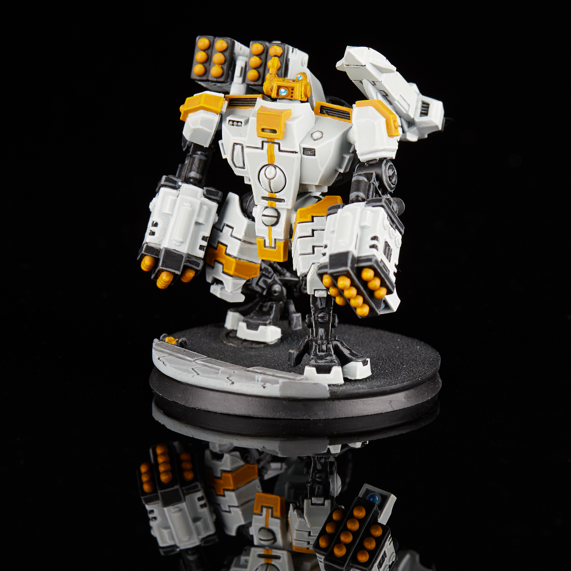 Tau Broadside Battlesuit with Missiles