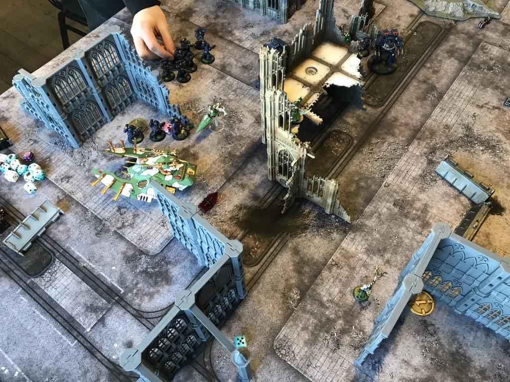 The survivors score Recon and a Kill