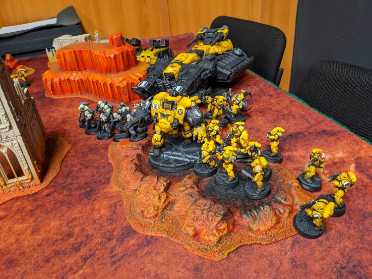Imperial Fists deploy
