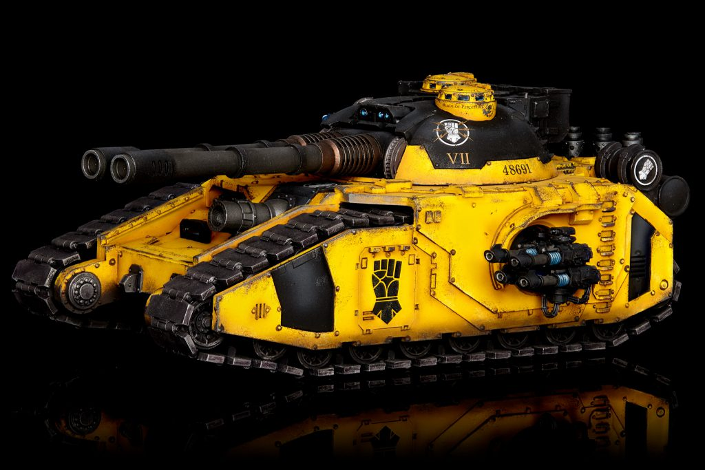 Imperial Fists Fellblade