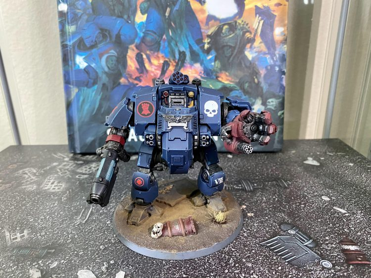 Crimson Fists Redemptor Dreadnought